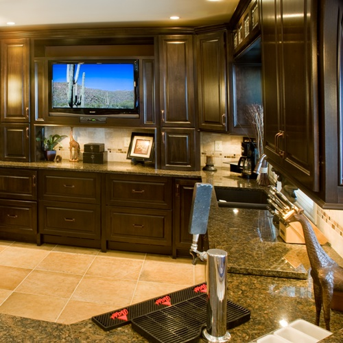 Luxury basement remodel wet bar in dublin oh basements for Luxury basements